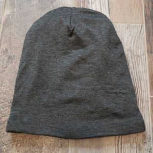 7927ef206b6 Grace Eleyae Accessories - NWOT Grace Eleyae Satin Lined Cap SLAP Dark Gray